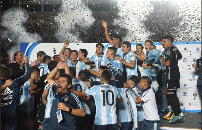 Selección de Argentina Sub 15. Foto: AFP