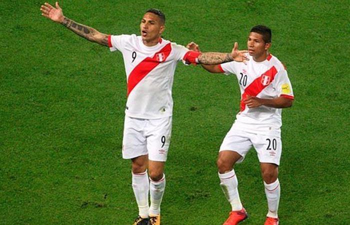 Paolo Guerrero y Edison Flores (Foto: twitter)