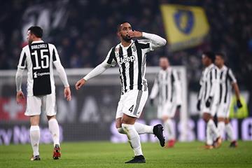 Juventus a un punto del líder de la Serie A