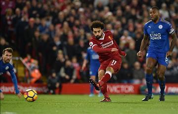 Liverpool derrotó al Leicester con doblete de Mohamed Salah