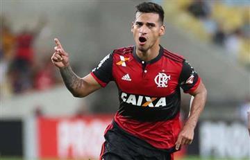 Miguel Trauco elegido en el equipo ideal del Flamengo