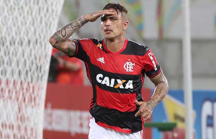 Paolo Guerrero: Flamengo cerca de fichar a joven promesa del Manchester City