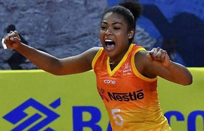 Angela Leyva juega para el Volei Nestlé. Foto: Facebook