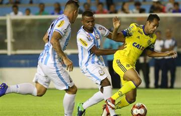 Flamengo con Miguel Trauco todo el partido cayó ante Macaé por la Copa Carioca