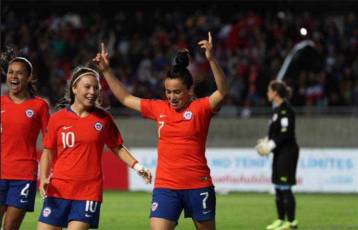 Chile vence a Uruguay y cobra vida en la Copa América Femenina