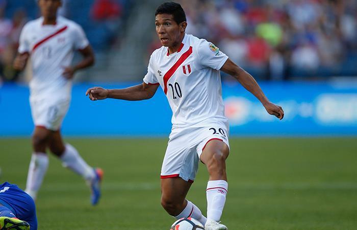 Edison Flores opinó sobre un posible llamado de Claudio Pizarro (Foto: Andina)