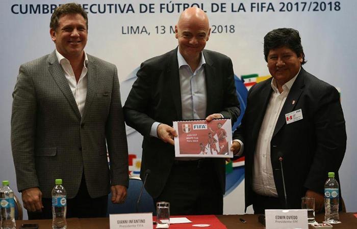 FIFA: ¿Qué le pedirá el hincha peruano por sus 114 años de aniversario?