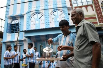 Rusia 2018. Admirador de Lionel Messi pinta su casa de albiceleste en India