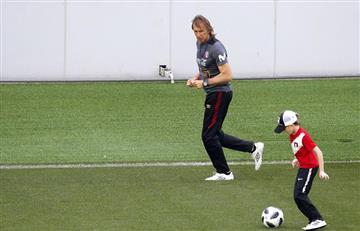 Nieto de Ricardo Gareca protagonista de los entrenamientos de la Selección Peruana