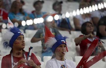Túnez vs Inglaterra: así se vive la fiesta de los hinchas en las tribunas