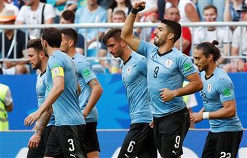 Uruguay goleó a Rusia y culminó en la primera posición del grupo A