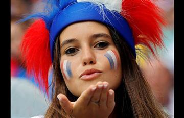 Francia vs Dinamarca: euforia y fiesta en las gradas de Luzhnikí