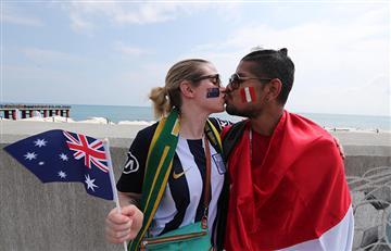 Perú vs Australia: hinchas de la Bicolor invaden Sochi