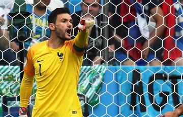 Hugo Lloris casi se come una libélula en pleno Francia vs Uruguay