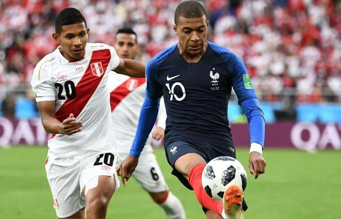 Francia derrotó a Perú en su camino hacia el título del Mundial de Rusia 2018. Foto: AFP