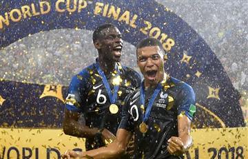 Francia fue cuestionada por el origen de sus jugadores y así respondieron