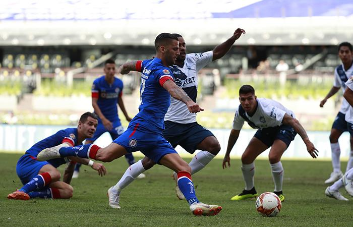 Santamaria ausente en la derrota del Puebla sobre el Cruz Azul (Foto: EFE)