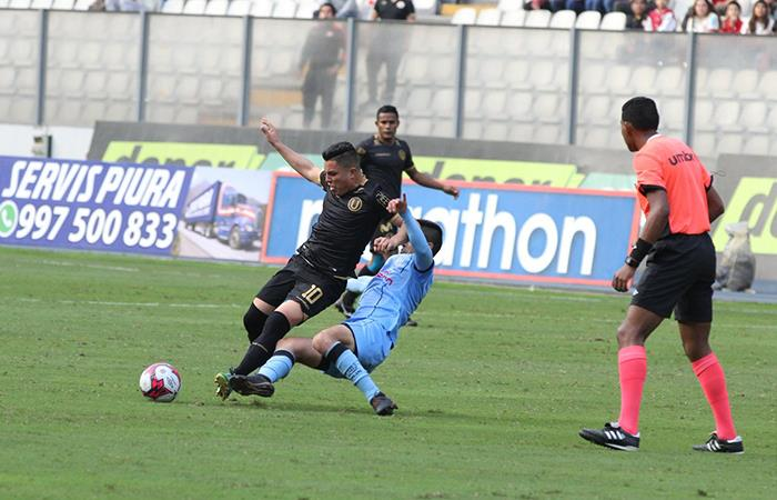 Universitario se dejó sorprender y perdió en las últimas ante Real Garcilaso
