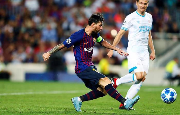 Lionel Messi puso su primer hat trick de la temporada (Foto: EFE)