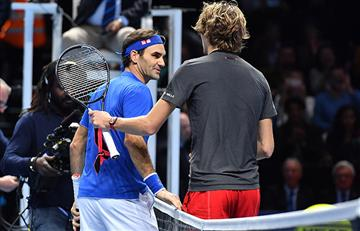 Federer cayó ante Zverev en Londres