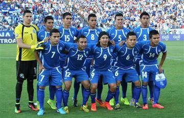 Futbolistas salvadoreños que enfrentarán a Perú