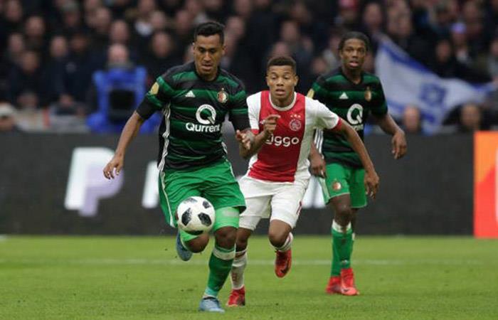 Renato Tapia muy cerca de fichar por otro club de la primera división de Holanda