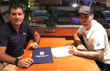 Rodríguez puso la firma y fue oficializado por el club íntimo