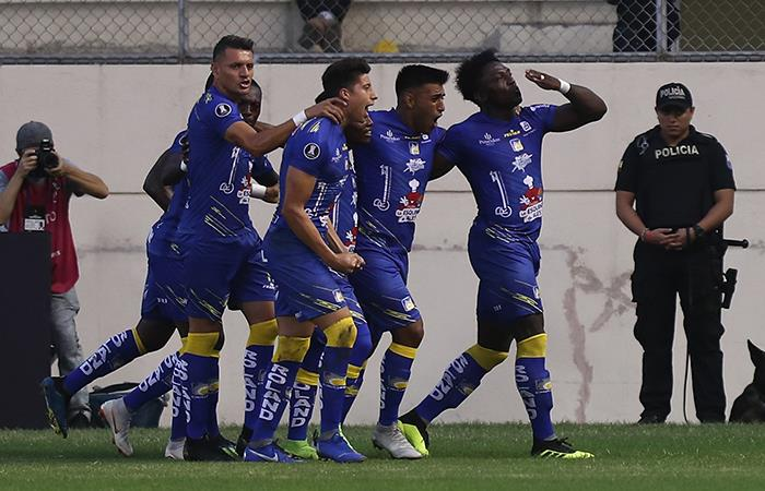 Delfín goleó por 3-0 a Nacional de Paraguay (Foto: EFE)