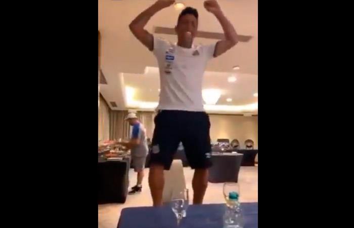 Christian Cueva bailó y ya tiene nuevo apodo en el Santos