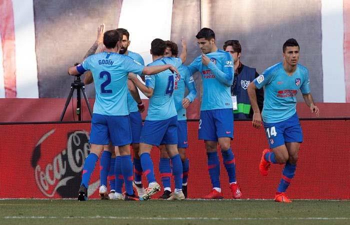 Luis Advíncula: Rayo Vallecano vs Atlético de Madrid en vivo por LaLiga