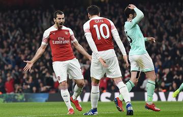 Arsenal goleó y sueña con volver a la Champions