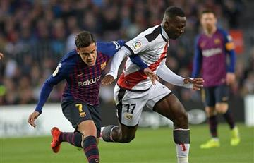 Advíncula no pudo ante Barcelona