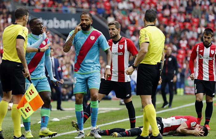 Luis Advíncula fue expulsado ante el Athletic Bilbao (Foto: EFE)