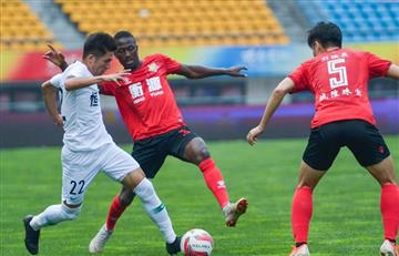 Siucho titular en victoria de Shenxin sobre Zhicheng