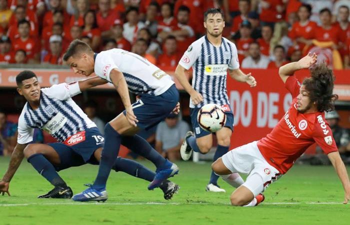 Alianza Lima recibe a Internacional este miércoles 24 por Copa (Foto: EFE)