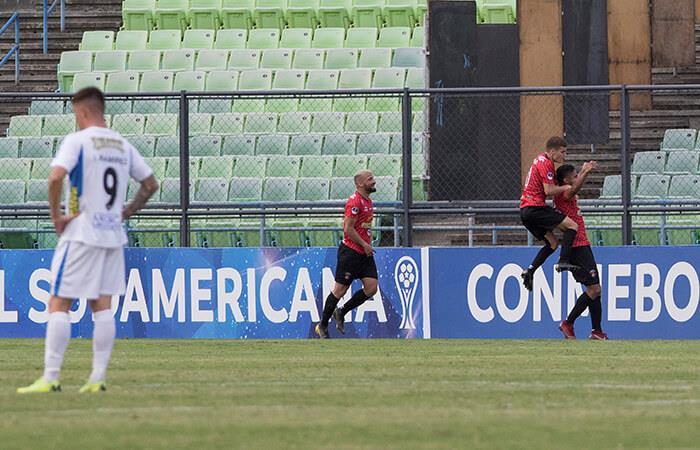 Caracas venció por 2-0 a Liverpool de Uruguay. Foto: EFE