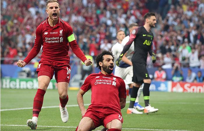 Mohamed Salah marcó de penal ante Tottenham (Foto: EFE)