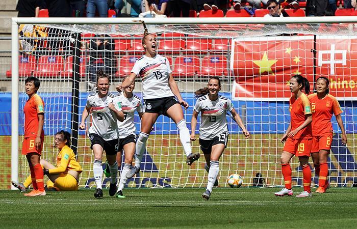 Gwinn anotó el único tanto del partido (Foto: EFE)