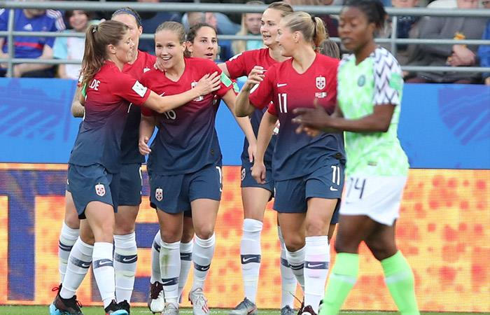 Noruega goleó 3-0 a Nigeria. Foto: EFE