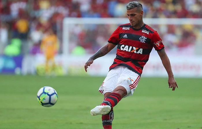 Miguel Trauco viene teniendo minutos en el Flamengo de Brasil (Foto: Twitter)