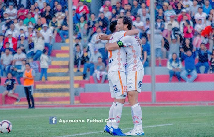 Mauricio Montes marcó un 'doblete' (Foto: Facebook Ayacucho FC)