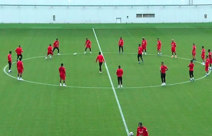 Los trabajos y planteamiento de la Selección Peruana en su último entrenamiento