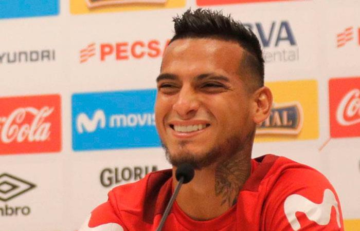 Inter de Porto Alegre se une a la pelea por el peruano Miguel Trauco