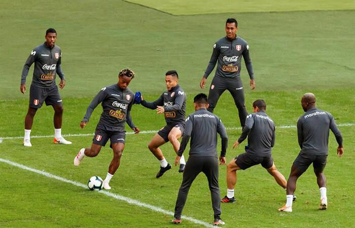 La Selección Peruana ultimó detalles a pocas horas del duelo ante Chile (Foto: EFE)
