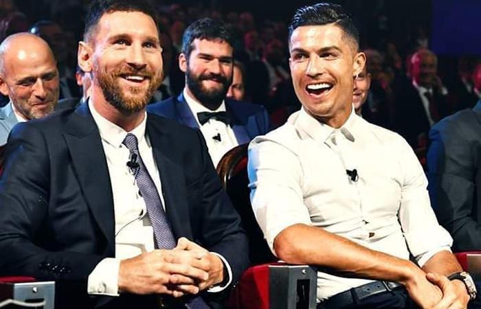 Cristiano Ronaldo se volvió a ver las caras con Lionel Messi en los premios UEFA. Foto: Twitter