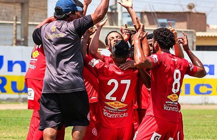 Juan Aurich es líder de la Liga 2, tras ganar 3-1 a Coopsol. Foto: Facebook