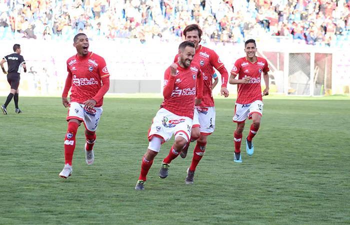 Cienciano ganó por 3-2 de visita a Los Caimanes. Foto: Facebook