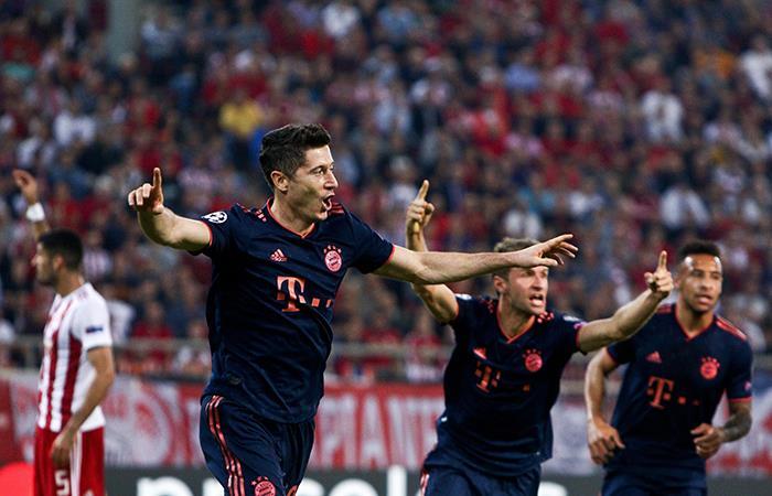 Robert Lewandowski marcó 'doblete'. Foto: EFE