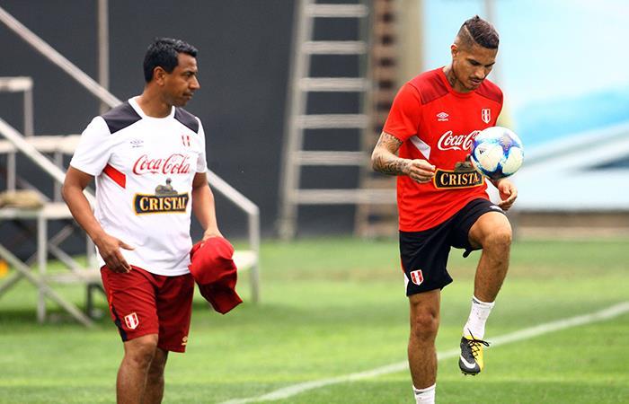 Nolberto Solano cree que Paolo Guerrero todo para llegar a Boca Juniors. Foto: Andina