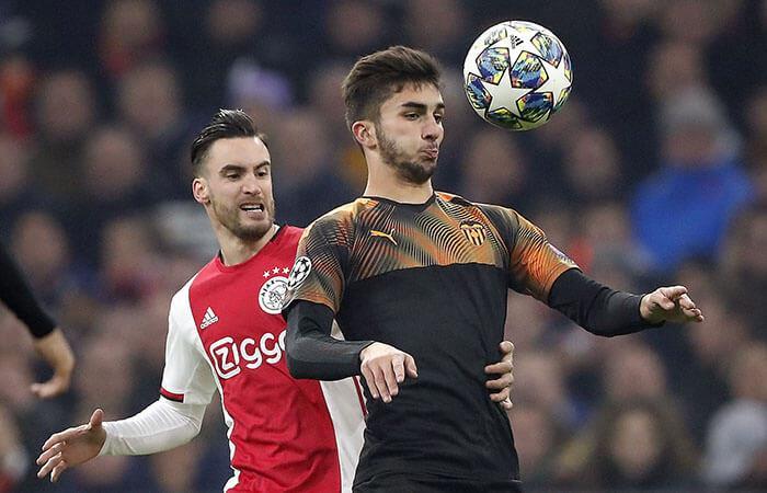 Valencia derrotó al Ajax. Foto: EFE